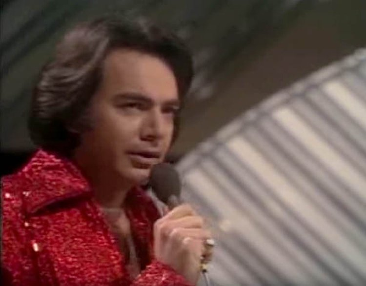 Music Friday: Neil Diamond Retires Due to Parkinson's Diagnosis; Ride Has Been 'So Good, So Good, So Good'