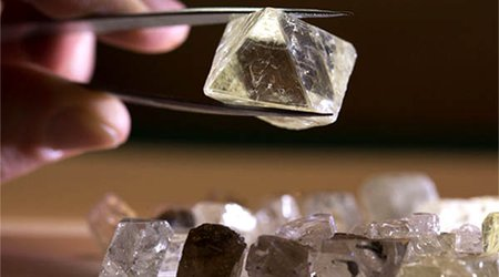 World's Top Diamond Producer, Alrosa, Doubles Spending to Battle COVID-19